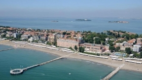 Cycle tourism in Pellestrina and Lido of Venice (for groups only) - MOTONAVE ANNA tour in Chioggia